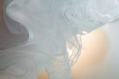 Strutturi il vestito da sposa, il panno bianco, fondo di nozze tessuto Fotografie Stock