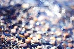 Strutturi le chiare acque trasparenti della sfuocatura del lago del mare Fotografia Stock Libera da Diritti