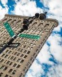 Strykjärn som bygger NYC Arkivbild
