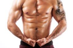 Strzał mięśniowej sprawności fizycznej wzorcowy pozować bez koszuli Zdjęcie Stock