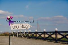 Strzała przylepiający etykietkę ślub Zdjęcie Royalty Free