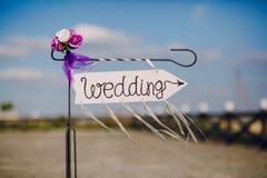 Strzała przylepiający etykietkę ślub Fotografia Royalty Free