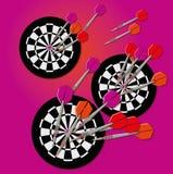 Strzałki i dartboard Fotografia Royalty Free