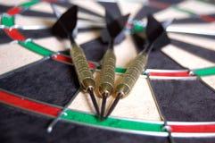 Strzałki na Dartboard zdjęcie stock