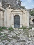 Strzelający Cava Santa głównego budynku drzwi obraz stock