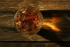Strzelający whisky Obrazy Royalty Free