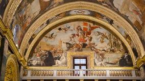 Sts John Co-domkyrka i Valletta i Malta Arkivbilder