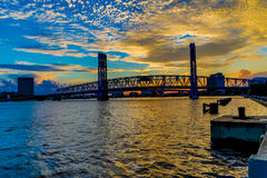 Sts John flodbro på solnedgången Royaltyfri Foto