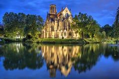 Sts John kyrka på aftonen i Stuttgart Royaltyfri Bild