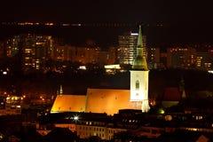 Sts Martin domkyrka på natten Arkivbilder