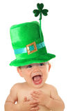Sts Patrick dag behandla som ett barn Arkivbilder