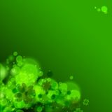 Sts Patrick dagbakgrund i gröna färger. Arkivfoto