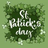 Sts Patrick logo för dagkalligrafi på bakgrund för dokument med olika förslagsnittväxt av släktet Trifolium vektor illustrationer