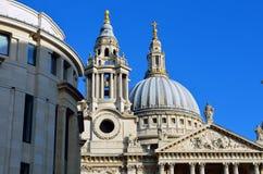 Sts Paul domkyrkakyrka, London, UK Arkivbild