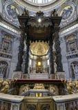 Sts Peter baldakin, Vaticanen, Rome royaltyfri bild