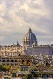 Sts Peter basilika i Rome Arkivfoto