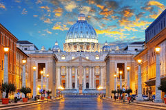 Sts Peter basilika i Rome vid via dellaen Conciliazione, Ro Royaltyfria Foton