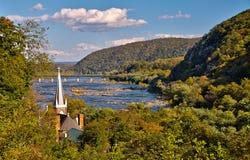 Sts Peter katolsk kyrka i Harpersfärjan, West Virginia Fotografering för Bildbyråer