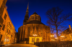 Sts Peter kyrka i Riga (Lettland) Royaltyfria Foton
