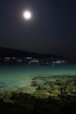 sätta på land natten Fotografering för Bildbyråer