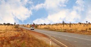 Stuart Highway en el australiano interior Imágenes de archivo libres de regalías