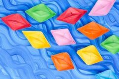 Stubarwne papierowe origami łodzie Zdjęcia Stock