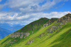 从Stubnerkogel,坏Gastein,缆索铁路,奥地利的方式 免版税库存照片