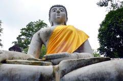 Stuc blanc Bouddha Image libre de droits