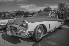 1955年studebaker冠军小轿车b&w 免版税库存照片
