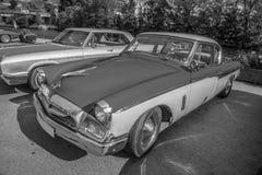 1955年studebaker冠军小轿车b&w 免版税图库摄影