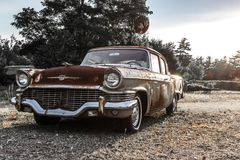 57 Studebaker se sont rouillés Photographie stock libre de droits