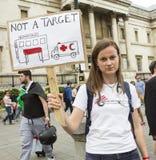 Studenci medycyny Pod ogieniem Wiec w Trafalgar kwadracie obrazy royalty free