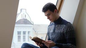 Studencka czytelnicza brąz książka zbiory