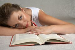 Student. Pretty girl studying Royalty Free Stock Photos