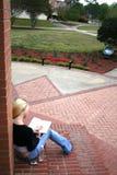 Student bij Universiteit Stock Foto