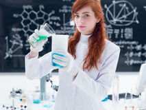Student in chemistry lab Royalty Free Stock Photos