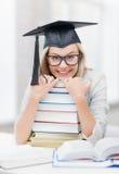 Student in der Staffelungskappe Lizenzfreie Stockfotografie