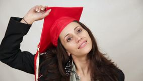 Student die graduatie GLB werpen stock video