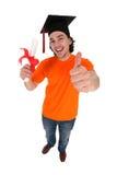 Student die houdend een graad glimlacht Stock Foto's