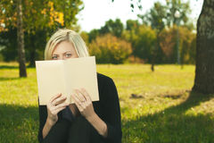 Student girl reading Stock Photography