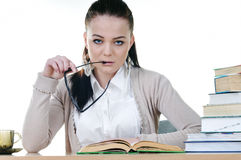 Student girl reads a book Royalty Free Stock Photos