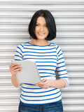 Student girl with tablet p???? Royalty Free Stock Images