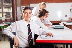 Student in klaslokaal stock foto's