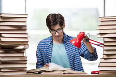 The student with lots of books preparing for exams Royalty Free Stock Photography