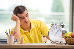The student missing deadlines for exam preparation Royalty Free Stock Photography