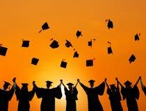 Student Success Concept för berömutbildningsavläggande av examen Arkivfoton