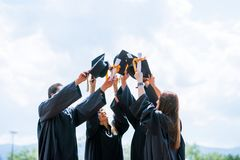 Student Success Learning Concep för berömutbildningsavläggande av examen royaltyfri fotografi