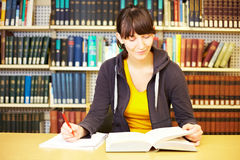 Student taking notes Royalty Free Stock Photography