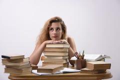 Student träumt ungefähr Sommerferien Lizenzfreie Stockfotos