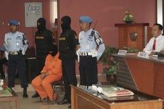 STUDENT VON INDONESIEN VERMUTETE DIE DROGEN-KURIER GESCHMUGGELTEN DROGEN, DIE DURCH ZOLLAMT-STADT SURAKARTA GEFANGEN WURDEN Lizenzfreie Stockfotografie
